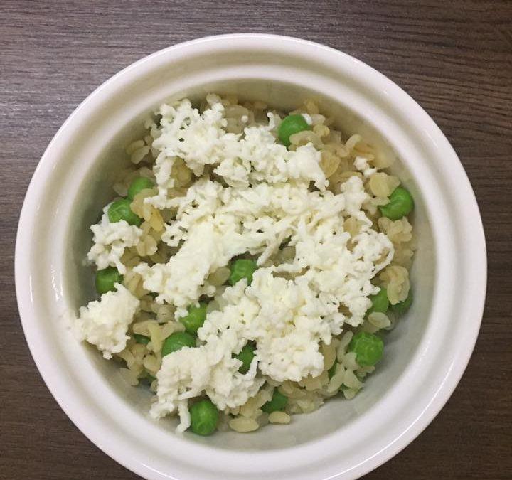 Zöldborsós bulgur mozzarellával